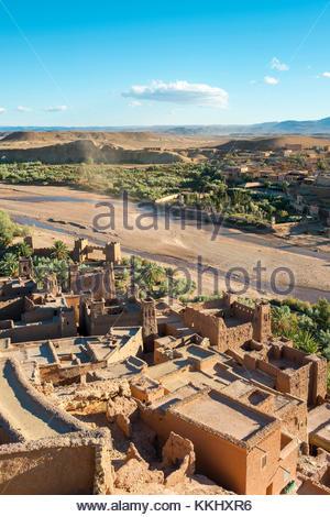 Morocco, Sous-Massa (Sous-Massa-Draa), Ouarzazate Province. View from uppter village inside of Ksar of Ait Ben Haddou - Stock Image
