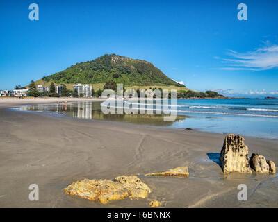 16 December 2018: Mount Maunganui, New Zealand - Mount Maunganui and the main beach - Stock Image