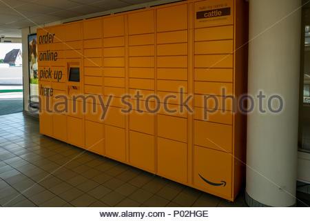 Amazon Lockers in Fleet, Hampshire, UK - Stock Image