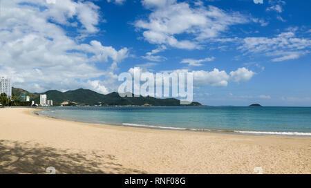 Panoramic view of a tropical beach with blue sky in sunny day - Stock Image