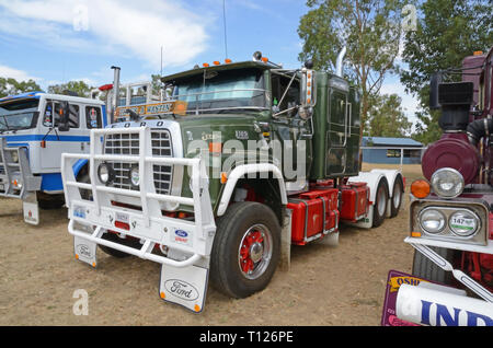L Series Ford 9000 Prime mover truck c1981.on display at Moonbi Show NSW Australia. - Stock Image