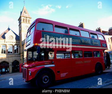 Wirksworth, UK. 20th Oct, 2018. London knight bus Wirksworth becomes Hogsmeade for the day as this town in the Peak District's hidden gem celebrates all things Harry Potter on 20 October 2018 Credit: Doug Blane/Alamy Live News - Stock Image