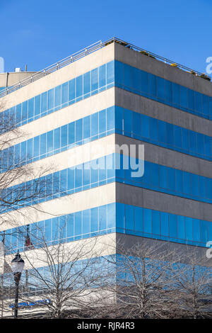 ASHEVILLE, NC, USA-2/3/19: The front corner of concrete and glass Biltmore Corporate Center building in Pack Square. - Stock Image