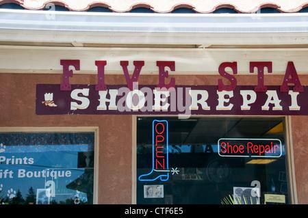 Shoe repair shop in Chico, California - Stock Image