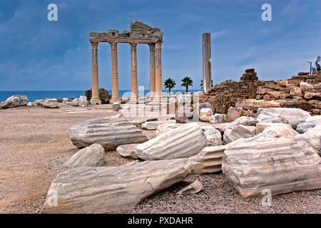 Turkey Side Temple Of Apollo - Stock Image