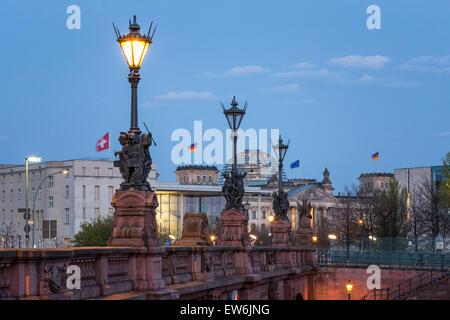 Moltke Bridge, River Spree, Reichstag, Berlin - Stock Image