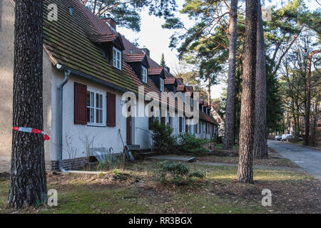 Waldsiedlung Krumme Lanke, Berlin. Housing Settlement built by the housing cooperative Gagfah in 1937-40 for the SS to plans of Hans Gerlach. The esta - Stock Image