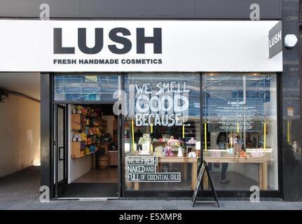 Lush, handmade cosmetics store, Gallowtree Gate, Leicester, England, UK - Stock Image