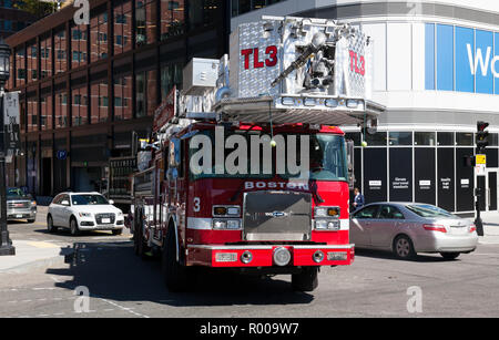 Boston Fire Department Tower Ladder 3, at the junction of Sleeper Street and Seaport Blvd., South Boston. - Stock Image