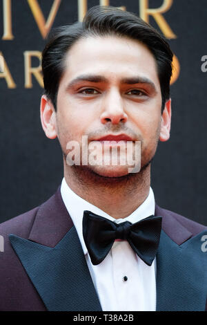 London, UK. 7th Apr 2019. Luke Pasqualino poses on the red carpet at the Olivier Awards on Sunday 7 April 2019 at Royal Albert Hall, London. Picture by Credit: Julie Edwards/Alamy Live News - Stock Image