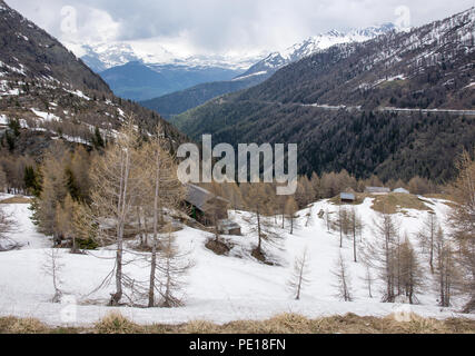 Looking down into Switzerland from the E62 Simplonstrasse road on the northern side of the Simplon Pass into the valley of the Taferma river. - Stock Image