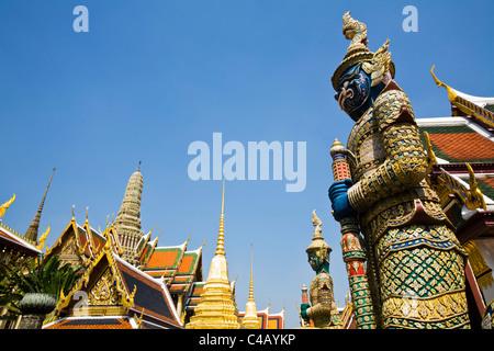 Thailand, Bangkok. Thotkhirithon (demon guardian or Yaksha) at Wat Phra Kaew (Temple of the Emerald Buddha). - Stock Image
