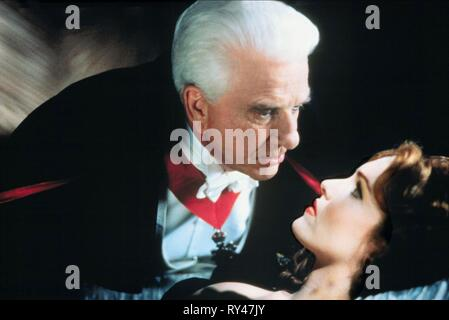 NIELSEN,YASBECK, DRACULA: DEAD and LOVING IT, 1995 - Stock Image