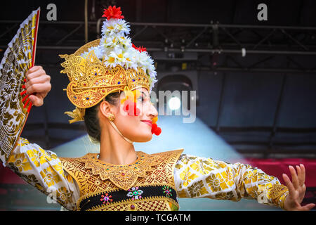 Westminster, London, UK, 08th June 2019. Indonesian dance group Lila Bhawa. Thousands of Londoners and visitors come together on Trafalgar Square to celebrate the end of Ramadan and Eid Festival, as well as London's rich cultural diversity. The festival is hosted by Mayor of London Sadiq Khan. - Stock Image