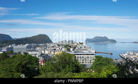 View from Mount Aksla towards Alesund town, with Art Nouveau architecture, the surrounding archipelago and fjords,Norway - Stock Image