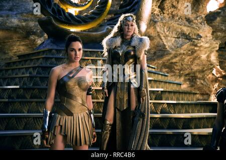 WONDER WOMAN, GAL GADOT , CONNIE NIELSEN, 2017 - Stock Image