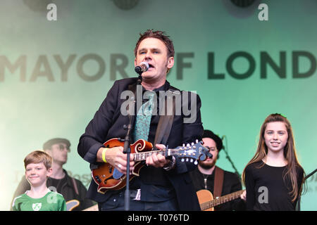 London, UK. 17th Mar 2019. Don Mescall live performances show with music and dane was given to the Thousands who packed in Trafalgar Square to celebrate St Patrick day 2019 on 17 March 2019, London, UK. Credit: Picture Capital/Alamy Live News - Stock Image