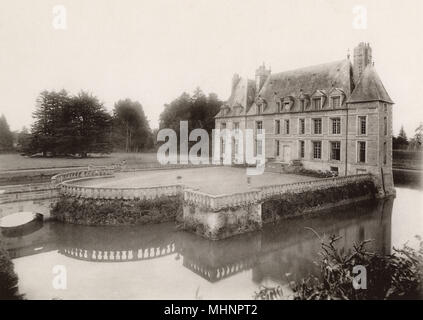 France - Noyers-Bocage (Calvados) - Chateau de Missy - The Courtyard. Destroyed during WW1.     Date: circa 1905 - Stock Image