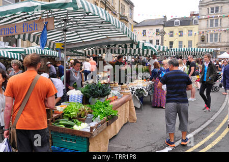 Frome Independent market,friut, vegetable and produce stalls at the monthly market.Frome, Somerset.England. UK. - Stock Image