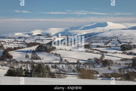 Paxton's Tower. UK. 11th December, 2017. Looking across the Brecon Beacons National Park towards the summits - Stock Image