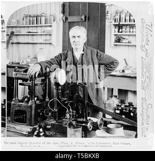 Thomas Edison (1847-1931), portrait in his laboratory, c. 1901 - Stock Image