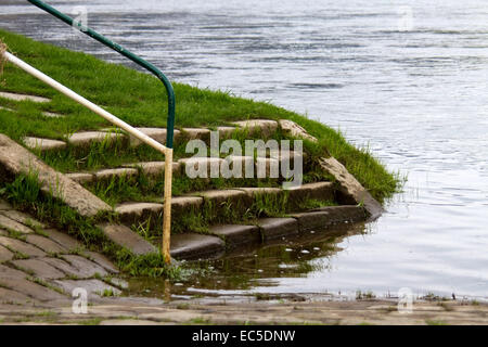 stairs into water - Stock Image