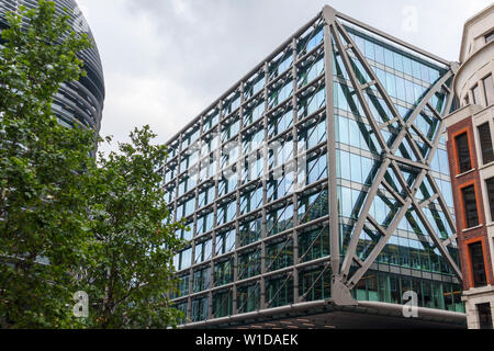 Facade of the building above Cannon Street Station facing Cannon Street, City of London EC4 - Stock Image