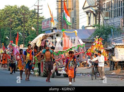 The Kānwar Yatrā or Kavad Yatra is an annual pilgrimage of devotees of Shiva, known as Kānwarias, to Hindu pilgrimage - Stock Image