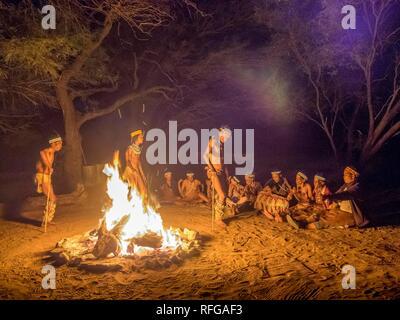 Bushmen, San tribe at ritual dance, Kalahari, Botswana - Stock Image
