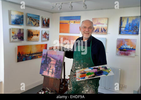 Picture by Roger Bamber : 21 February 2015 : Brighton Artist Colin Ruffell with an Acrylograph of a Painting of - Stock Image
