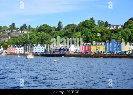 Harbour view, Tobermory, Isle of Bute, Inner Hebrides, Argyll and Bute, Scotland, United Kingdom - Stock Image