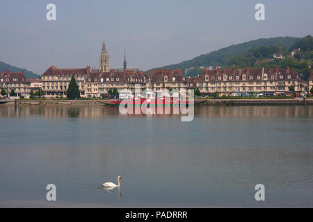 misty morning in Caudebec-en-Caux from the riverbanks of the Seine where Eugene Boudin made his famous painting, Seine Maritime, north Normandy, Franc - Stock Image