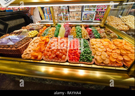 The Mercat de Sant Josep de la Boqueria (known as La Boqueria) indoor market in Barcelona, Spain - Stock Image