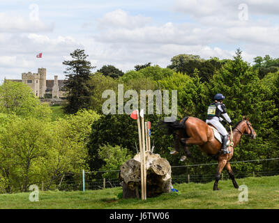 Rockingham Castle, Corby, UK. 21st May, 2017. Pippa Funnell and her horse Billy Cuckoo clear a log obstacle with - Stock Image