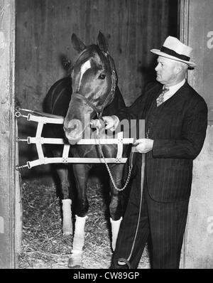 Ben Jones with Triple Crown Winner Whirlaway, Hialeah Racetrack, 1941 - Stock Image