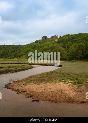 Pennard Castle & Pennard Pill river, Wales, UK - Stock Image