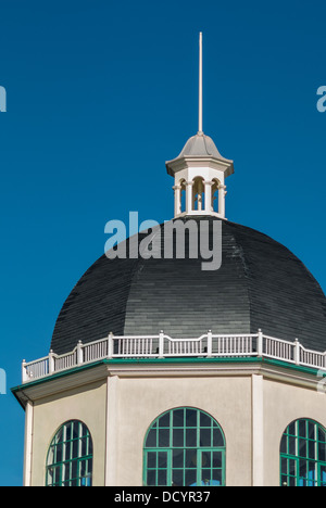 Roof of The Dome a venue on the seafront, Marine Parade, on a sunny day - Stock Image