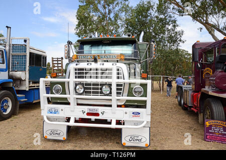 L Series Ford 9000 Prime mover truck c1981. - Stock Image