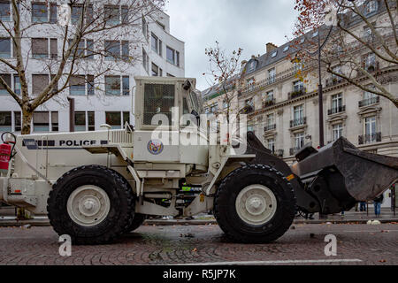 Paris, France. 1st December, 2018.  Police truck during the Yellow Vests protest against Macron politic. Credit: Guillaume Louyot/Alamy Live News - Stock Image