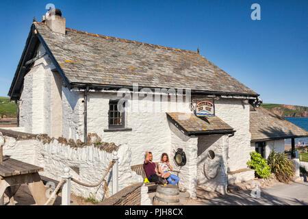 3 June 2018: Burgh Island, Bigbury on Sea, Devon UK - The Pilchard Inn, established 1336. - Stock Image