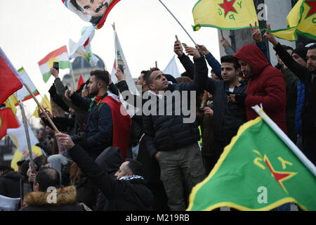 Thousands rally in solidarity with Afrin in Vienna, Austria - Stock Image