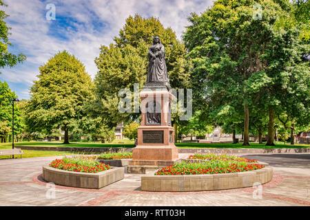 Memorial statue of Queen Victoria in Victoria Square, Christchurch, New Zealand. - Stock Image