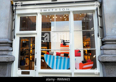 Smythson of Bond Street shop window at the Royal Exchange in the City of London England UK  KATHY DEWITT - Stock Image