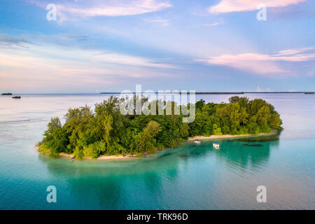Aerial View of Lissenung Island, New Ireland, Papua New Guinea - Stock Image