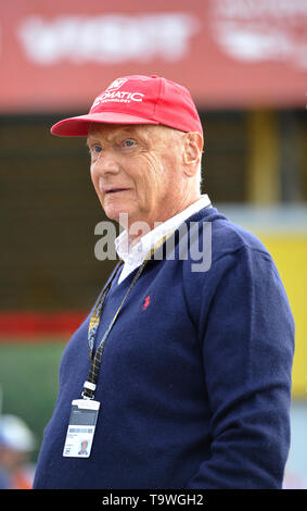 FILE: 21st May 2019. Former Formula One driver Niki Lauda passed away peacefully this morning aged 70. Photo taken: Brno, Czech Republic. 16th Aug, 2015. Austrian former Formula One driver Niki Lauda visits Grand Prix of the Czech Republic 2015, Czech Republic, August 16, 2015, Brno, Czech Republic. Credit: Vaclav Salek/CTK Photo/Alamy Live News - Stock Image