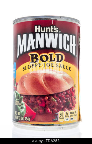 Winneconne, WI - 11 May 2019 : A can of Hunts Manwick bold sloppy joe sauce on an isolated background - Stock Image