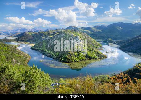 Bend of river Rijeka Crnojevica in Montenegro - Stock Image