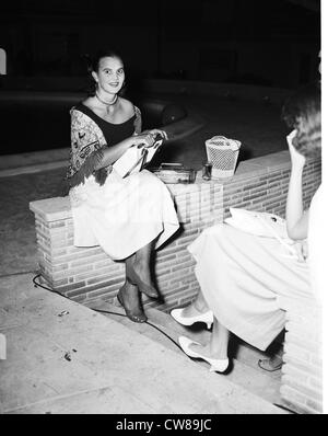 Mrs Herbert 'Peter' Pulitzer (Lily Pulitzer) at La Coquille, Palm Beach, Florida, 1954 - Stock Image
