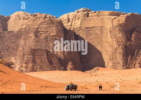 Exploring Wadi Rum desert by car, Wadi Rum, Jordan - Stock Image
