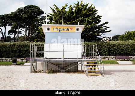 RNIL lifeguard station at Falmouth's Gyllyngvase Beach - closed now for winter. 05th October 2016 - Stock Image